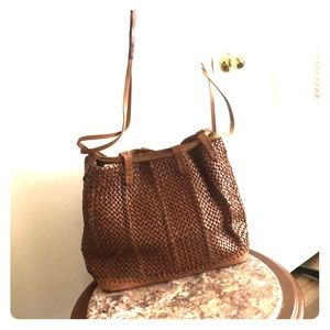 Beautiful woven leather Massimo Dutti purse